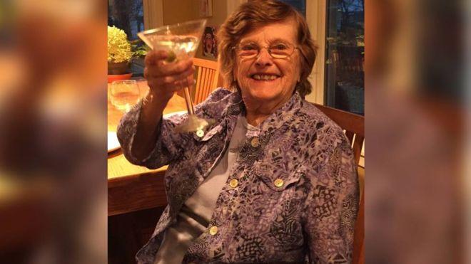 Mulher galesa de 96 anos, fala galês pela primeira seu idoma