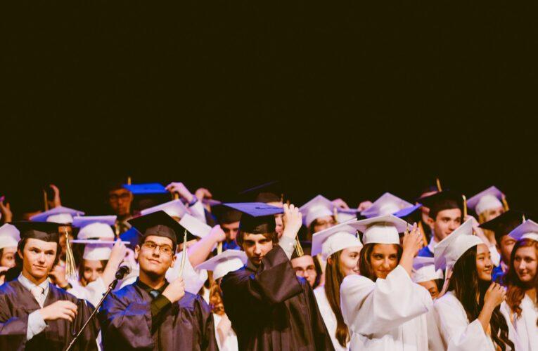 Algumas das melhores universidades/faculdades pelo mundo