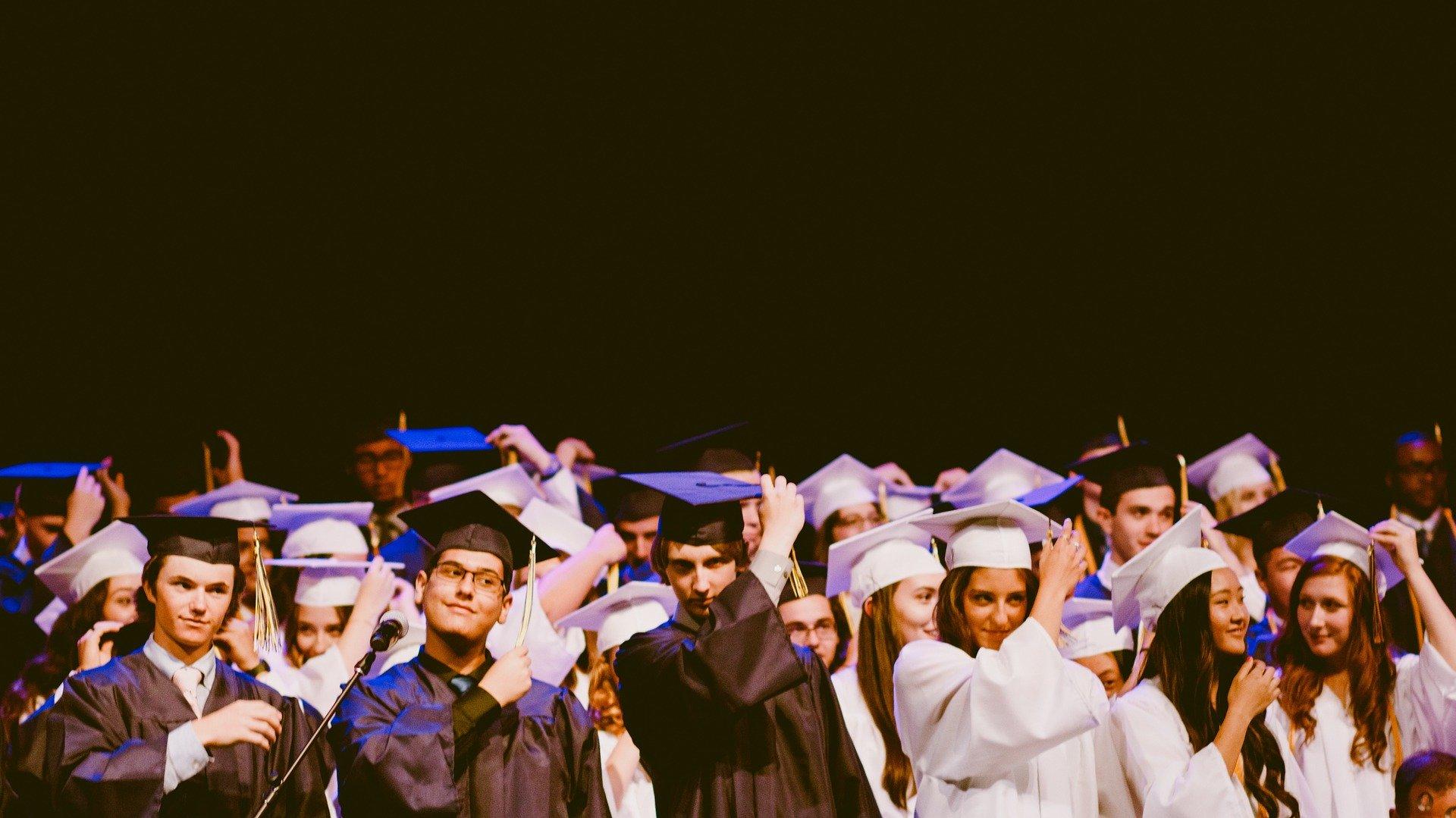 Algumas das melhores faculdades pelo mundo